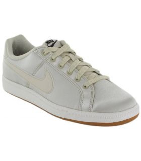Nike Court Royale SE W 200