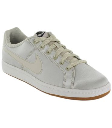 Nike Court Royale SE W 200 Nike Calzado Casual Mujer Lifestyle Tallas: 37,5, 38,5, 39, 40, 40,5; Color: beige