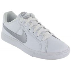 Nike Cour Royale W 100 Nike Chaussures de Femmes de mode de Vie Décontracté Tailles: 37,5, 38, 39, 40, 41; Couleur: blanc