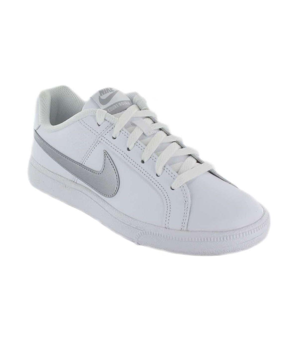 Nike Court Royale W 100 Nike Calzado Casual Mujer Lifestyle Tallas: 37,5, 38, 39, 40, 41; Color: blanco