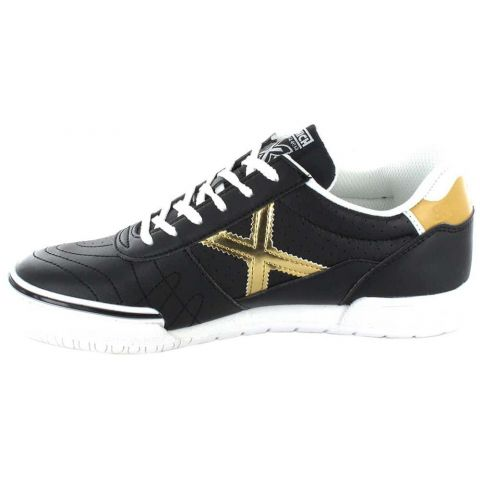 Munich G3 Black Kid Munich Casual Footwear Lifestyle Junior Sizes: 33, 34, 35, 36, 37, 38; Color: black