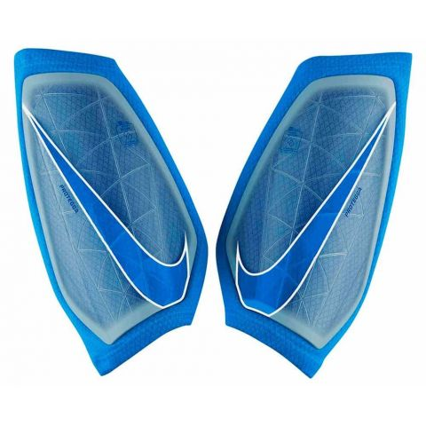Nike Protegga Nike Football shin pads Size: s, m, l; Color: blue