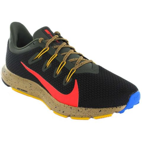 Nike Quest 2 IS